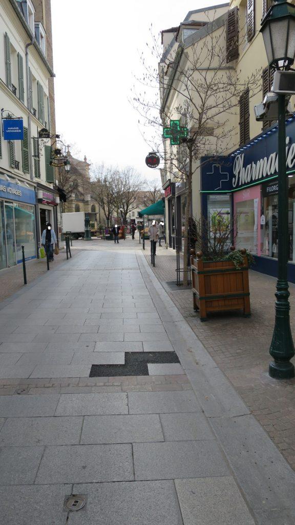 2 Pièces à Rueil au Centre Ville (735)