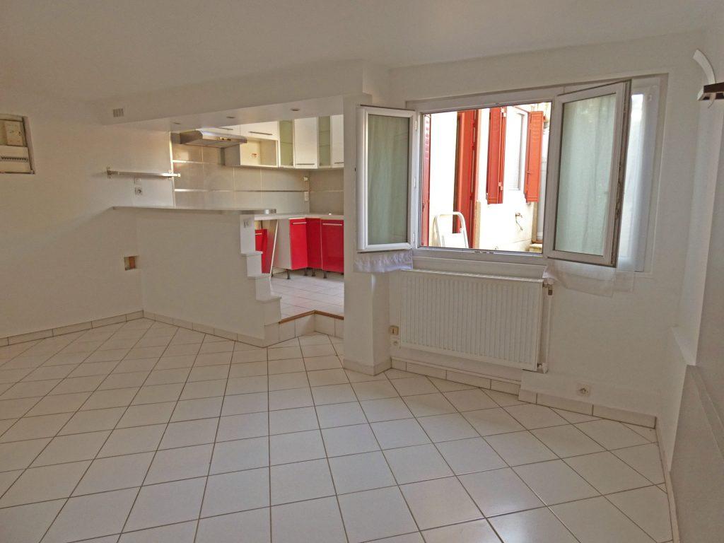 3 Pièces en Maison à Chatou (Réf 854B)