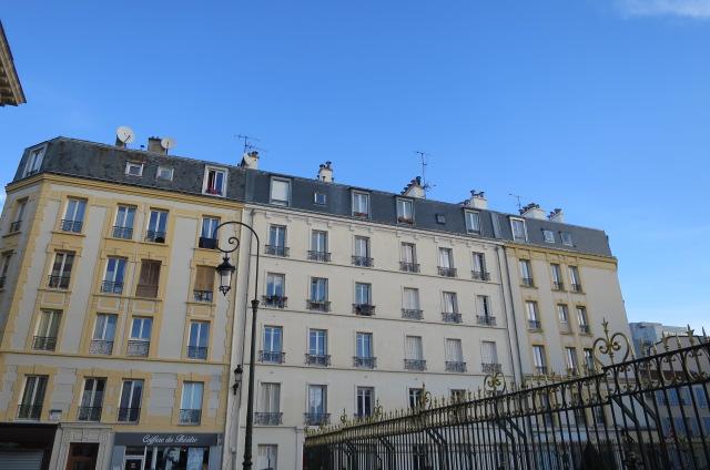 2 Pièces Meublé à Puteaux Dernier étage ( Ref 920L)